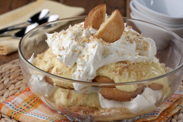Coconut-Cream-Pie-Trifle_ExtraLarge1000_ID-1014869