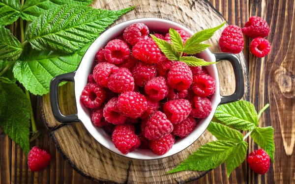 Raspberry_Closeup_436975_1920x1200