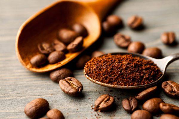 come-conservare-il-caffe-macinato-in-chicchi-dersut-1024x683
