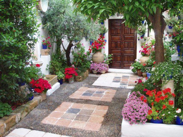 floral-patio-in-cordoba-29