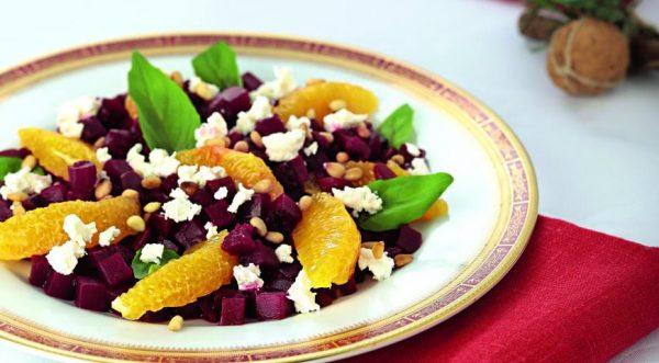 recept-salata-iz-svekli-s-apelsinom-i-fetoi-1