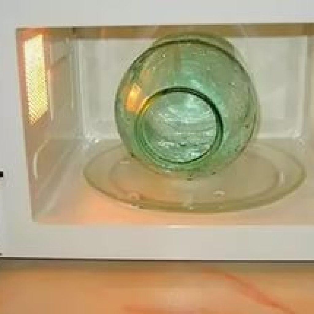 Картинки по запросу Как стерилизовать банки в духовке, микроволновке, кипятком, паром, чтобы заготов