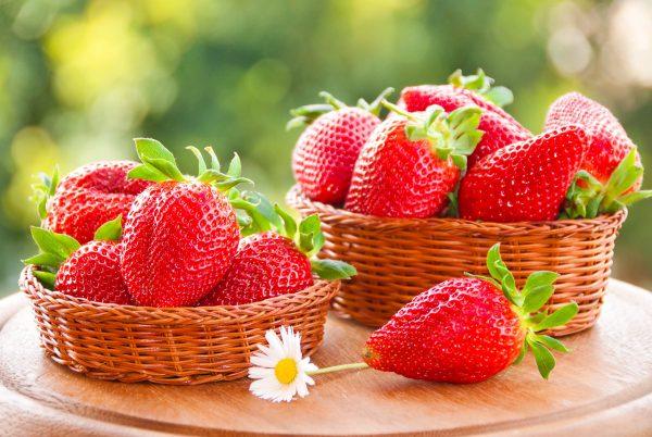 Strawberry_Berry_Wicker_458859
