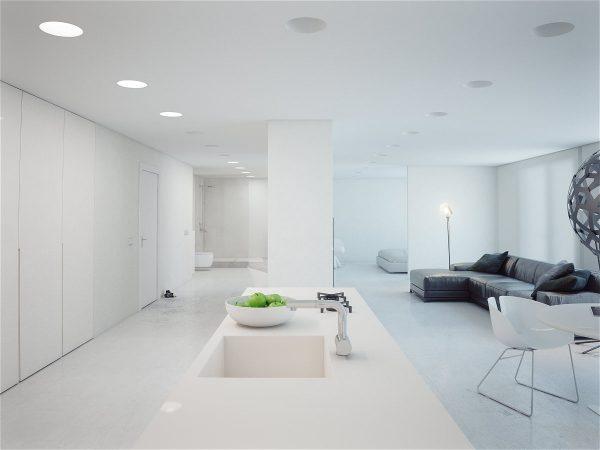 dizajn-beloj-kvartiry-studii-v-stile-minimalizm12