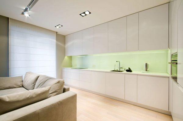 dizajn-kvartiry-v-svetlykh-tonakh-ot-hola-design13