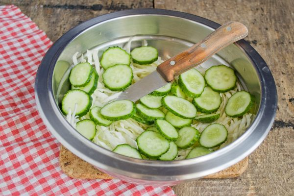salat-vitaminnyiy-na-zimu-06