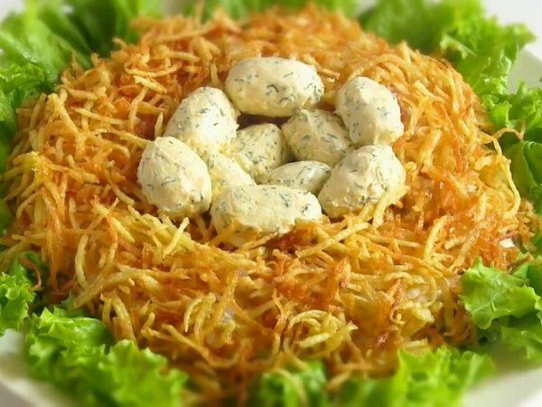 Картинки по запросу Новогодних салатов Гнездо