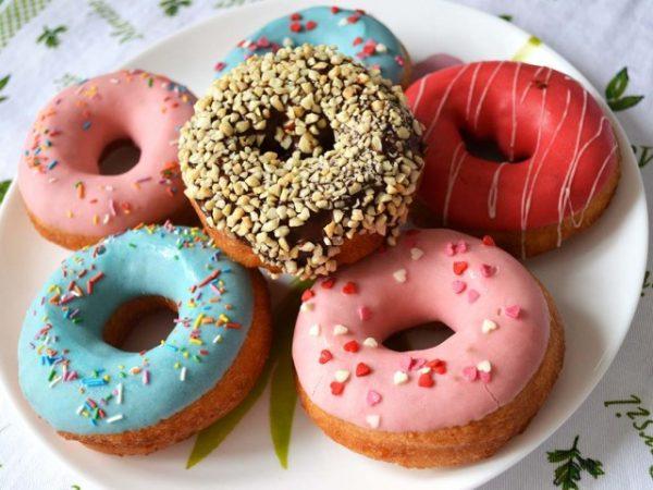 Картинки по запросу Пончики на кефире: 2 вкуснейших рецепта