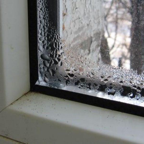 kondensat-v-okne