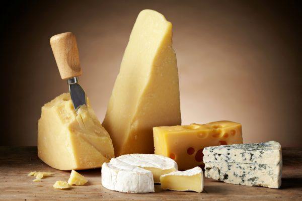 Картинки по запросу Заветренный сыр твердых сортов