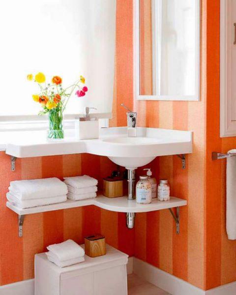 Small-bathroom-storage-ideas 3-e1491042619323