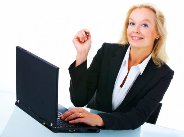 businesswoman-making-a-website