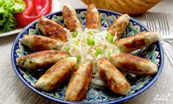 liulya-kebab iz kurinogo farsha-179606