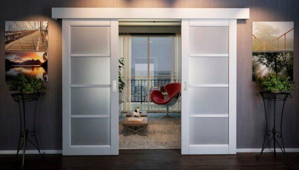 razdvizhnye-dveri-v-interere-780x445