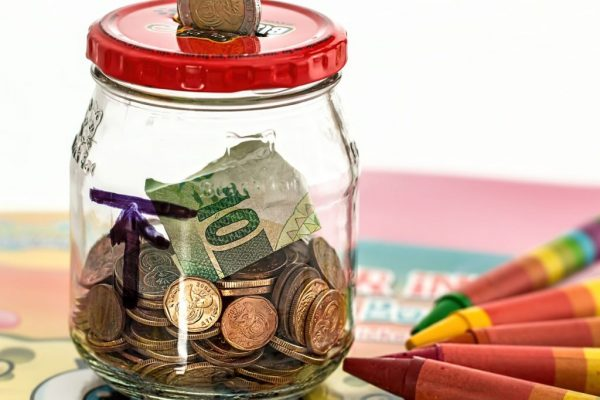 Картинки по запросу Куда вложить деньги, чтобы на пенсии хорошо жить?
