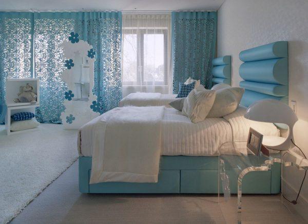 Light-blue-bedroom-curtains-modern-room-designs