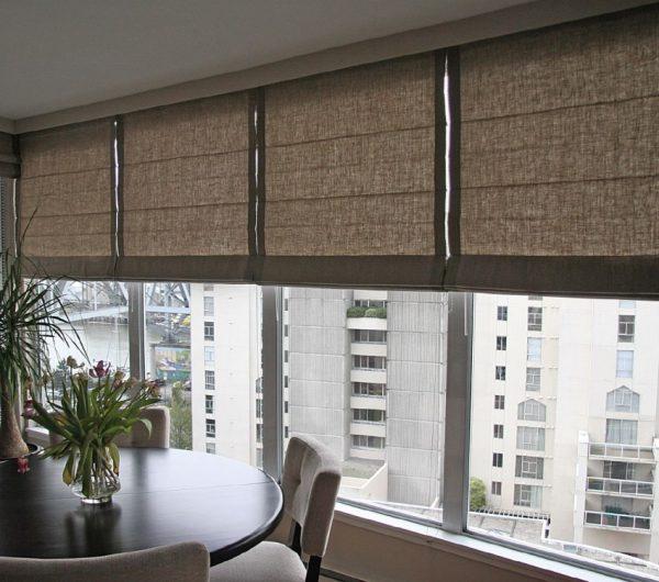 ZHalyuzi-na-balkon-61