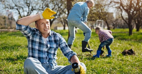 Что никогда нельзя делать в саду весной? Основные ошибки в саду по весне!
