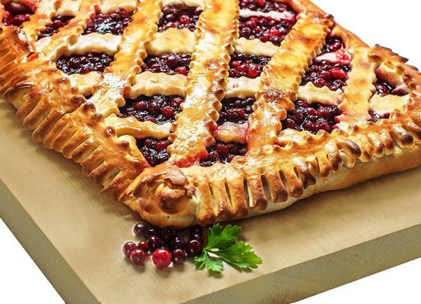 Картинки по запросу дрожжевой Пирог с вареньем