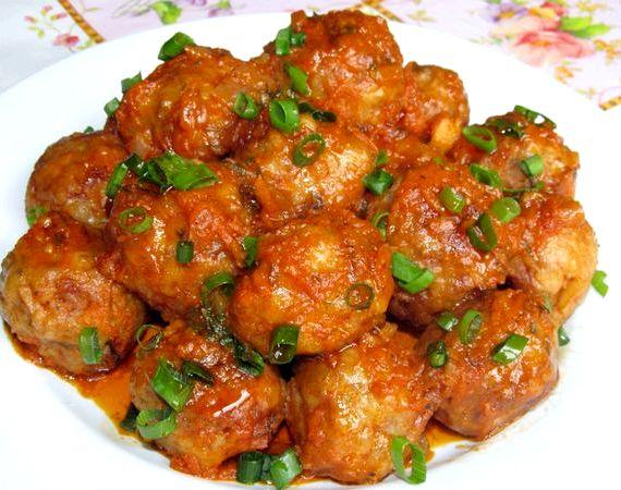 tefteli-s-risom-v-tomatnom-souse-poshagovyy-recept 1