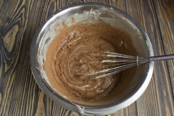 Domashnii-tort-s-kremom-iz-manki-07-640x426