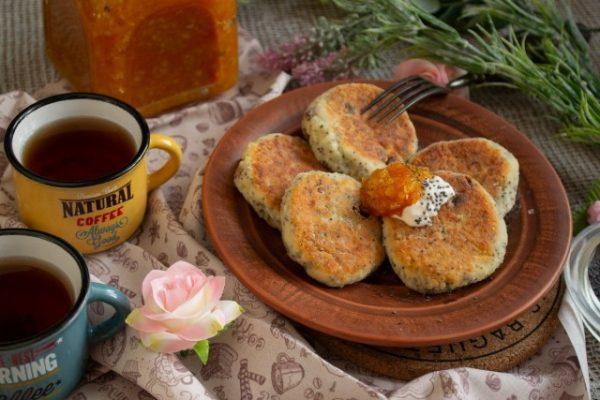 Рецепт нежнейших сырников с маком и изюмом – вкусные и тающие во рту — вкус детства!