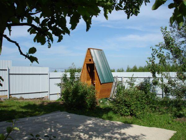 ulichnye-tualety-luchshie-varianty-dlya-dachi-26
