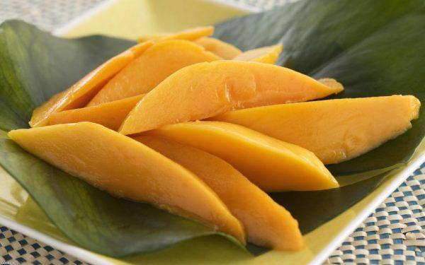 10137-oboi-dlya-rabochego-stola-mango-1024x640
