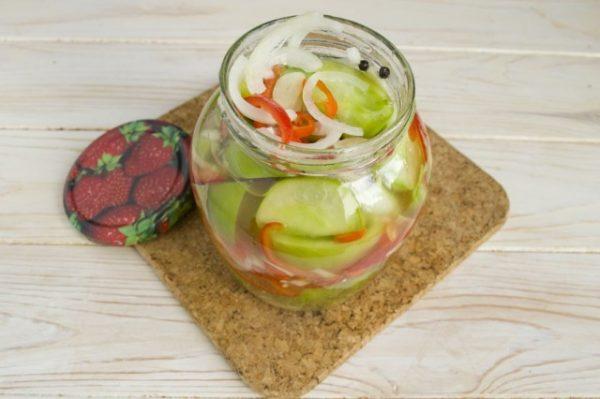Salat-iz-zelyonykh-pomidorov-na-zimu-12-640x426