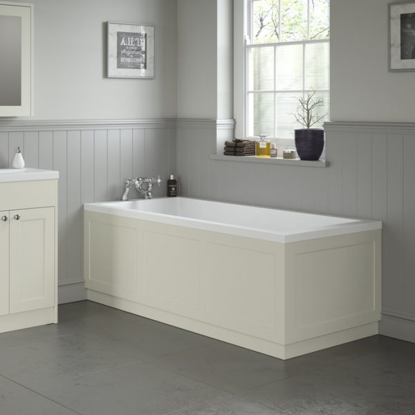 Прямоугольная ванна с подиумом