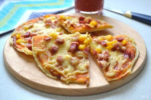 Картинки по запросу Мини-пицца на слоеном тесте