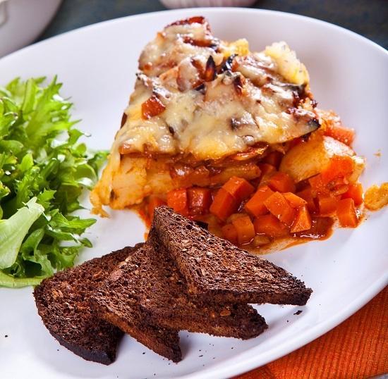 Готовим овощное рагу под сырной корочкой — рецепт, который всегда идет на ура!