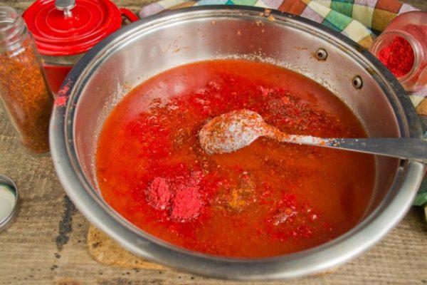 kak-prigotovit-ketchup-iz-pomidorov-i-sliv-luchshij-retsept-8