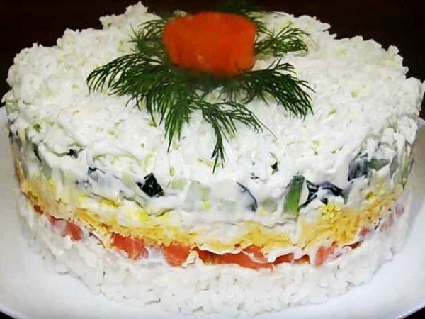 1vkusnii-salat-s-semgoi-novii-gof-1
