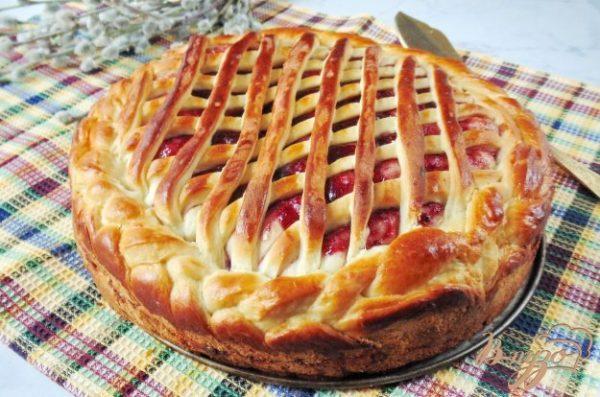 Сдобный пирог с черносмородиновым джемом - рецепты с фото на vpuzo.com